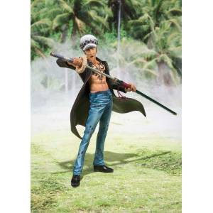 ONE PIECE - Trafalgar Law Dressrosa Arc Ver. [Figuarts ZERO]