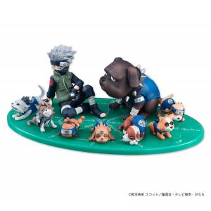 Naruto Shippuuden -  Hatake Kakashi - Akino - Pakkun to Shinobi Inutachi Limited Edition [G.E.M.]