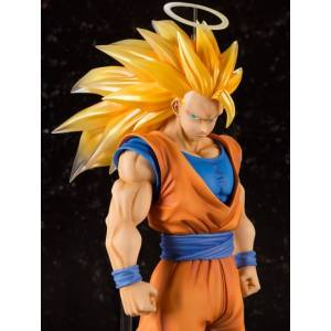 Dragon Ball Z - Super Saiyan 3 Son Goku (Limited Edition) [Figuarts ZERO EX] [Used]